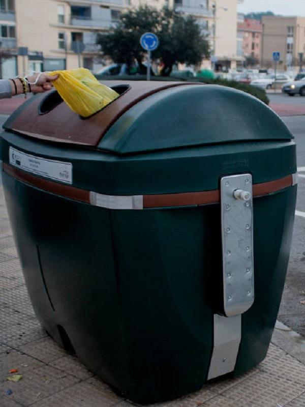 La Comunidad de Madrid debería comprometerse con la separación de los residuos urbanos