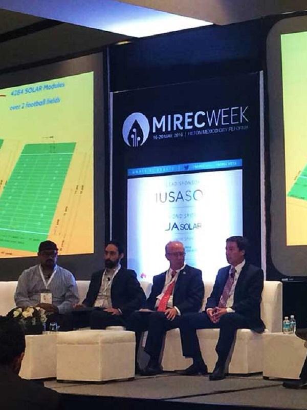Una decena de firmas andaluzas de energía renovable participan en el foro Mirec Week de México