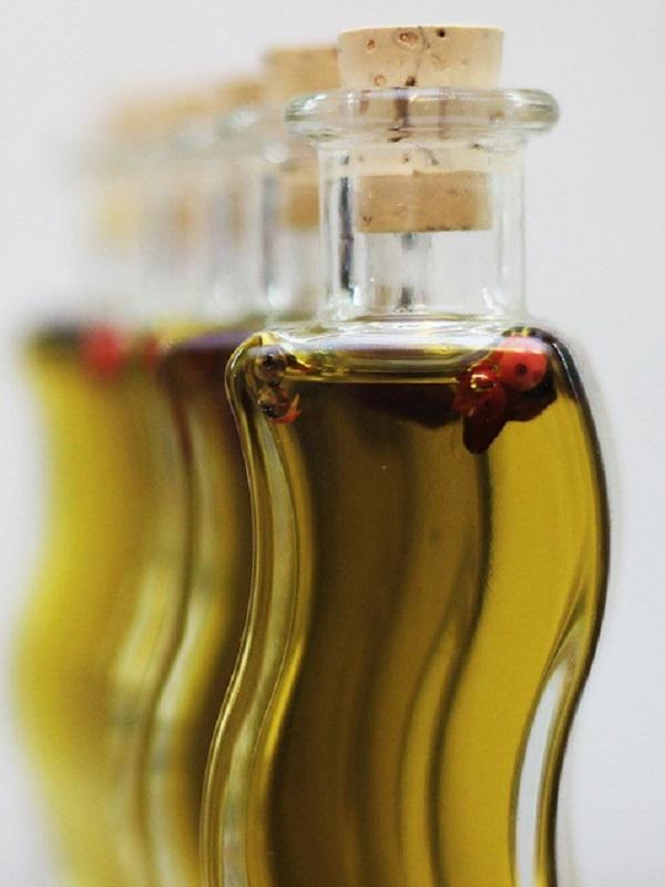 Para frituras mejor utiliza el aceite de orujo de oliva antes que el de girasol