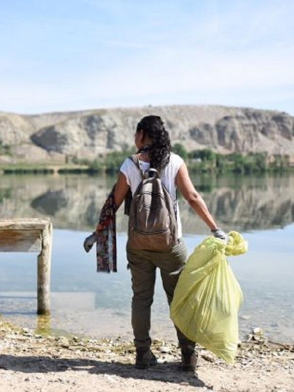Una campaña de eliminación de residuos limpiará este sábado 22 espacios naturales gallegos