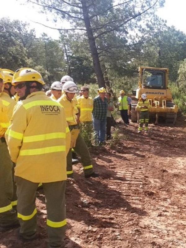 Trabajadores del Infoca y Medio Ambiente de Jaén se forman en materia de control de fuego con maquinaria pesada