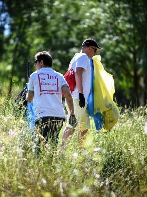 Libera, BirdLife y Ecoembes un gran éxito con su campaña 1m2 por la naturaleza este pasado fin de semana