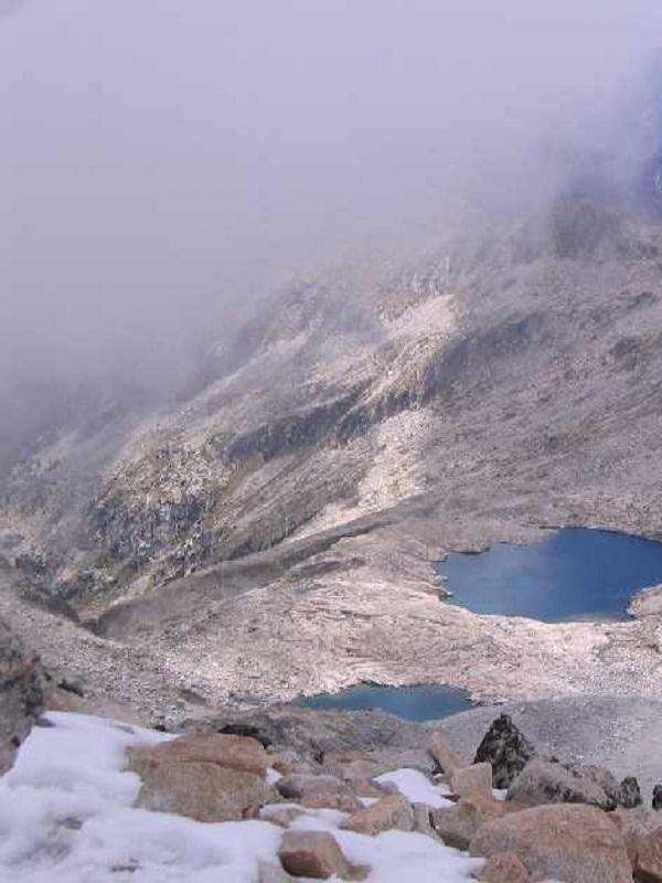 La Confederación Hidrográfica del Ebro advierte de la regresión del glaciar de La Maladeta de Huesca