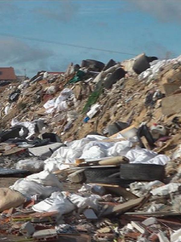 El vertido de residuos en Fuencarral sera investigado y declarado suelo contaminado