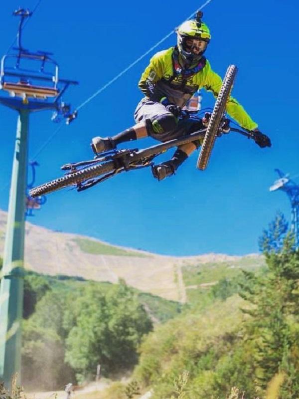 Las estaciones de esquí españolas abrirán este verano con distintas actividades