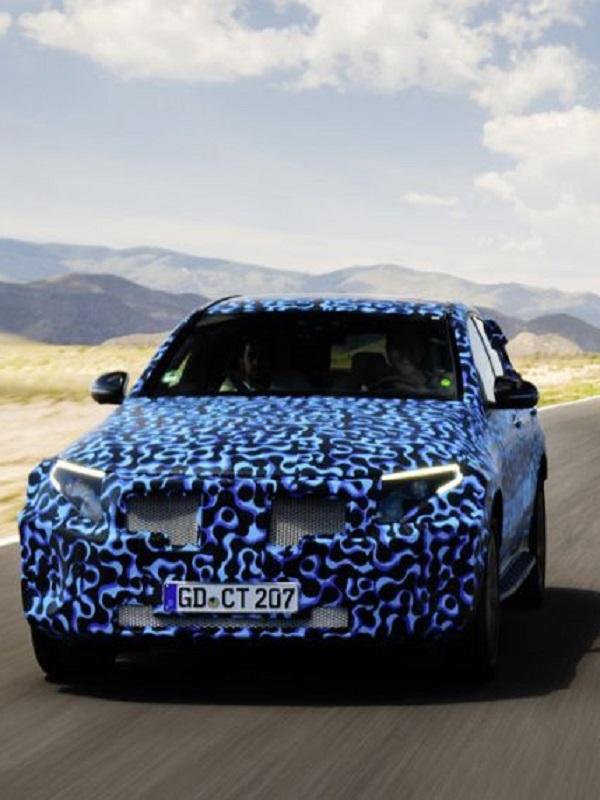 Mercedes-Benz y su eléctrico EQC