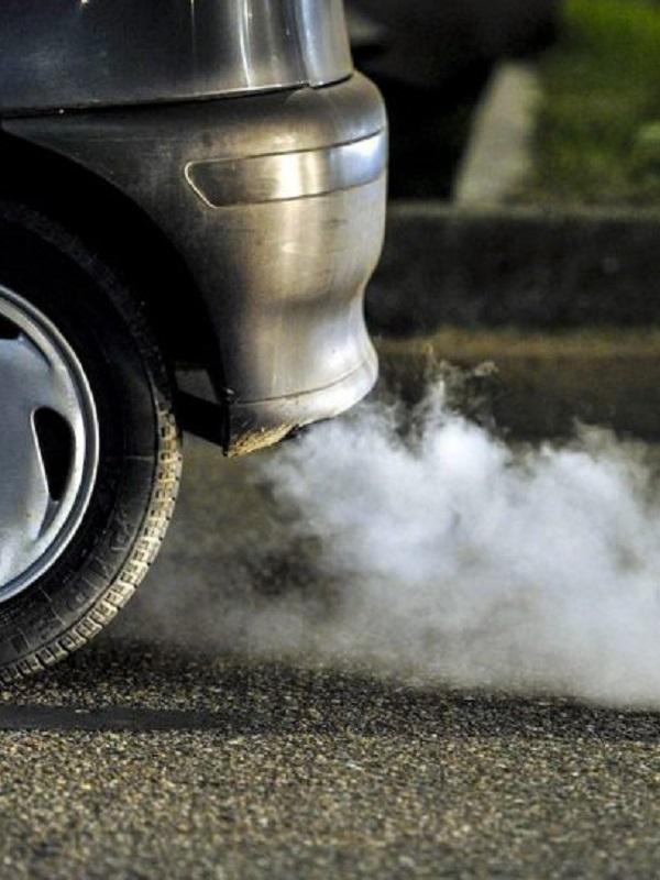 España ve claramente insuficiente la propuesta europea de reducción de emisiones de los automóviles