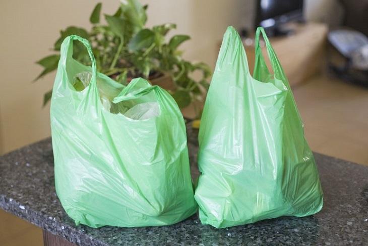 Cuenca dice adiós a las bolsas de plástico gratis