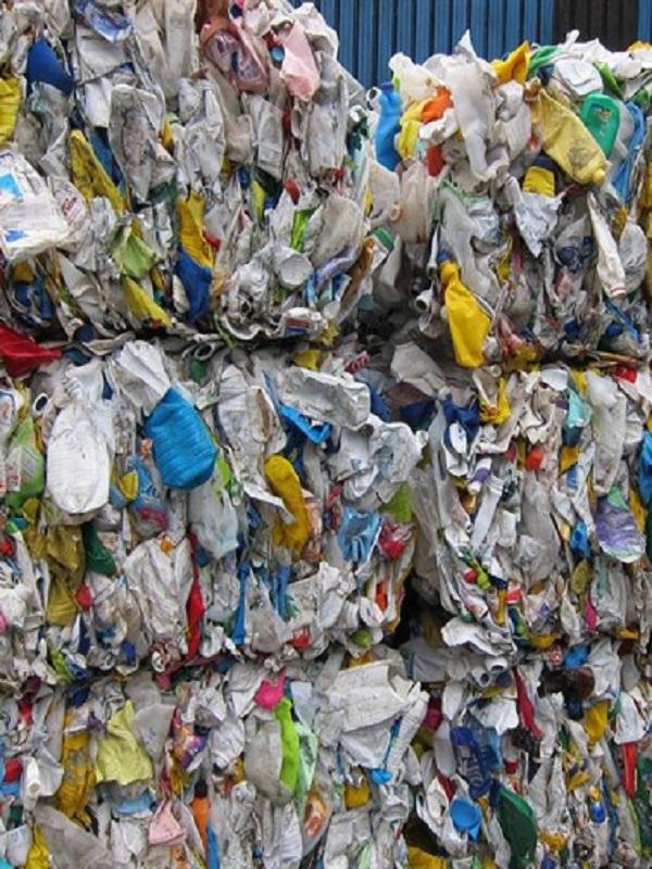 España bien y mal y todo lo contrario en el reciclaje del plástico