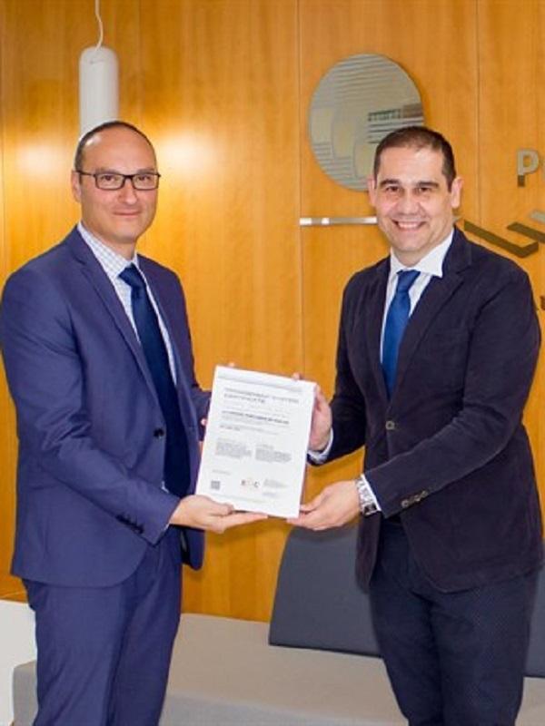 El puerto de Huelva recibe la certificación ambiental ISO por su gestión medioambiental