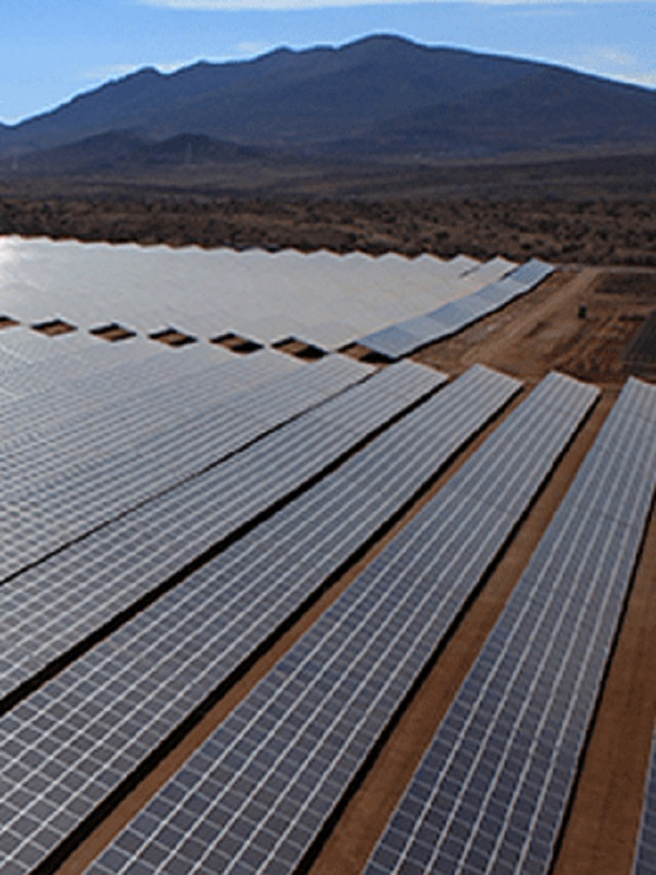 Acciona construye tres fotovoltaicas en Egipto por 146 millones