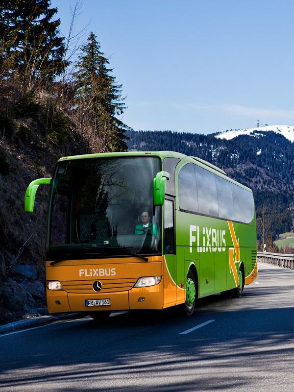 El futuro de la movilidad es ecológico: primera línea de larga distancia con autobús eléctrico del mundo