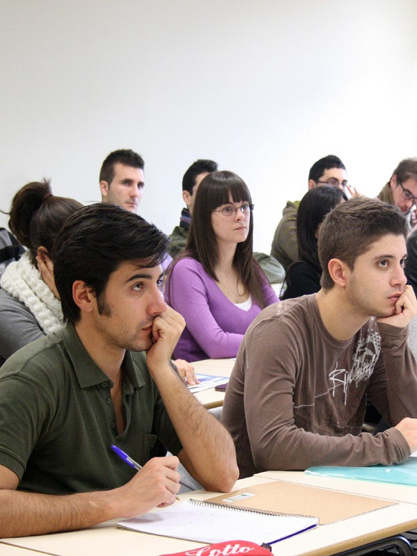 La UPV/EHU ha encontrado diferencias de género significativas en el comportamiento proambiental del alumnado