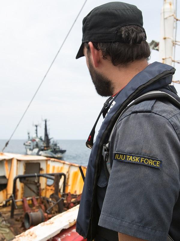 Un conocido barco pesquero furtivo de merluza negra detenido en Liberia