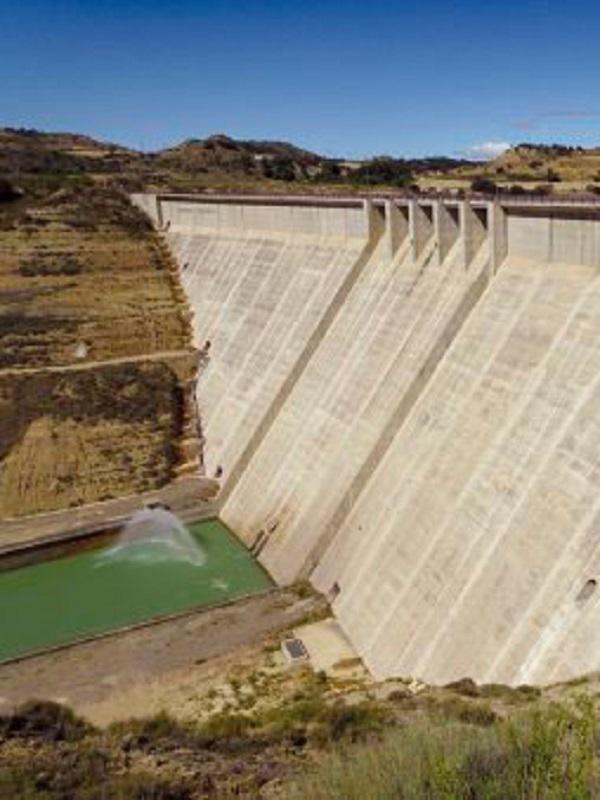 España alberga grandes presas que se caen a trozos