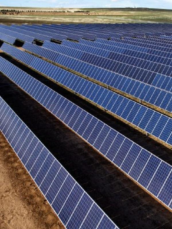 Unieléctrica construirá su primera planta fotovoltaica en Murcia por 40 millones de euros
