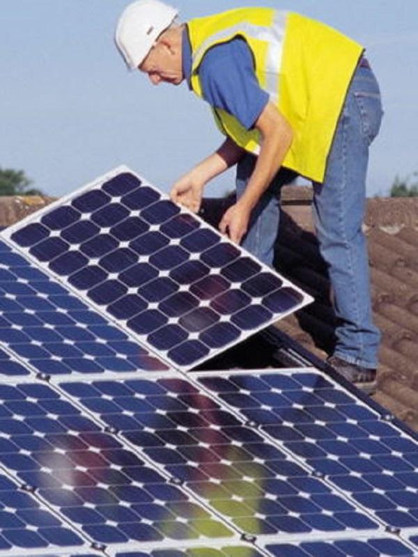 Ivace activa la certificación que permitirá a proyectos de energía renovable y autoconsumo una deducción del 20% en IRPF