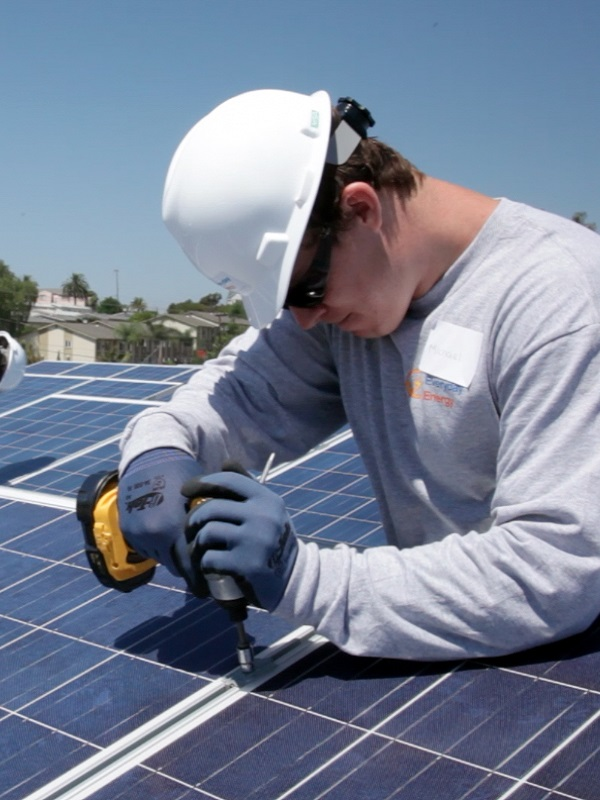 Las energías renovables dan empleo a más de diez millones de trabajadores