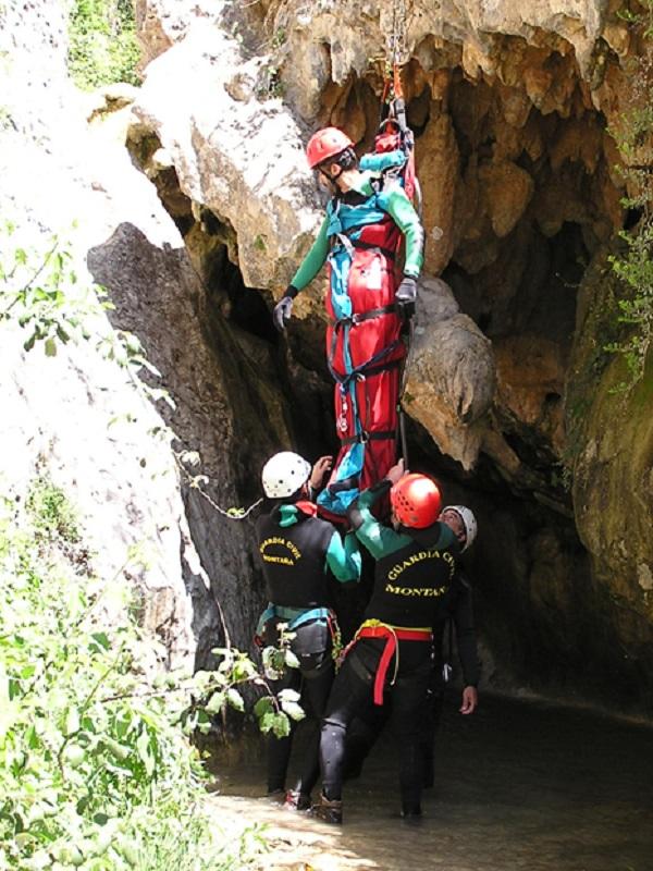 Los rescates de la Guardia Civil en montaña se reducen en Huesca
