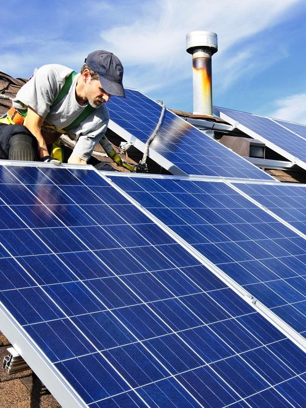 ANPIER adalid contra la injusticia que soportan las familias fotovoltaicas españolas