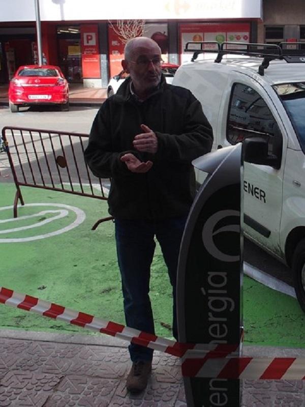 Logroño cuenta con su flamante primer punto municipal de recarga de coches eléctricos