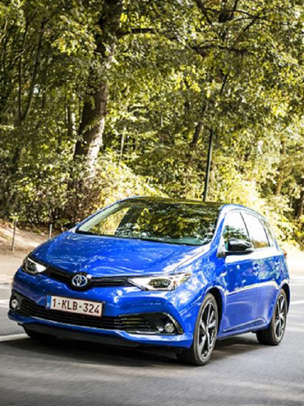 El Auris con motores diésel o gasolina pasa a mejor vida