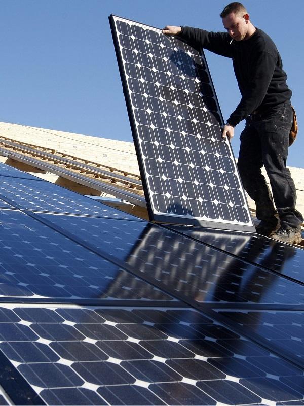 Los Ministerios en España pasan olímpicamente de su potencial fotovoltaico