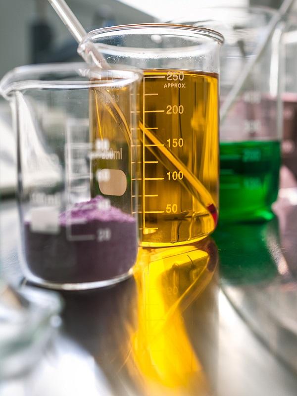 La cosmética ecológica entra con paso firme en la Universidad