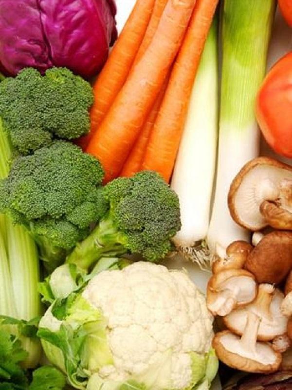 Te contamos que alimentos son más saludables si tienes hipotiroidismo e hipertiroidismo