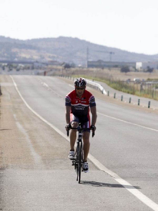 Galicia, campaña para respetar a los ciclistas