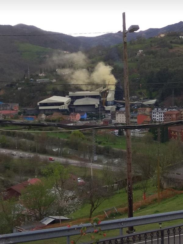 Asturias. Se dispara un 1.900 la contaminación en el valle del Nalón al anochecer