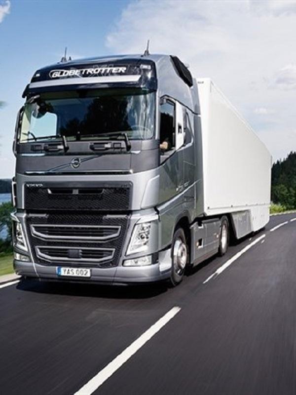 Europa impondrá un recorte de las emisiones de camiones