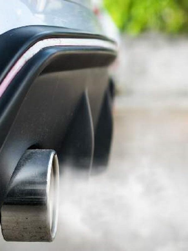 Los españoles a favor de prohibir la circulación en la ciudad a vehículos más contaminantes