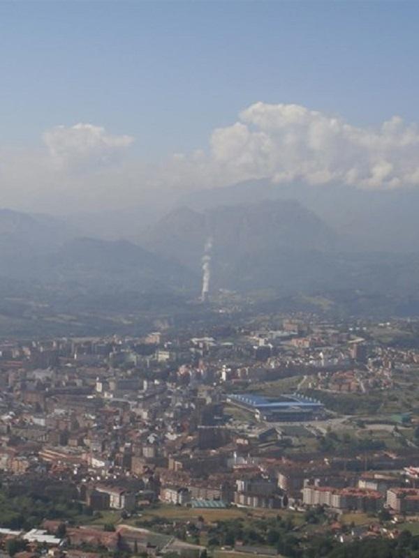 Otro domingo más se dispara la contaminación en Oviedo un 1.288%