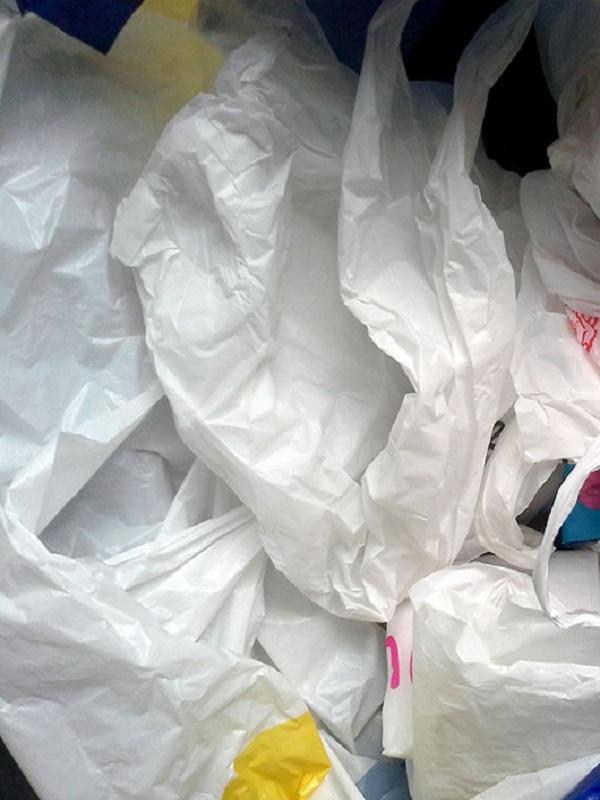 Palma de Mallorca ve el Real Decreto de reducción de consumo de bolsas de plástico insuficiente