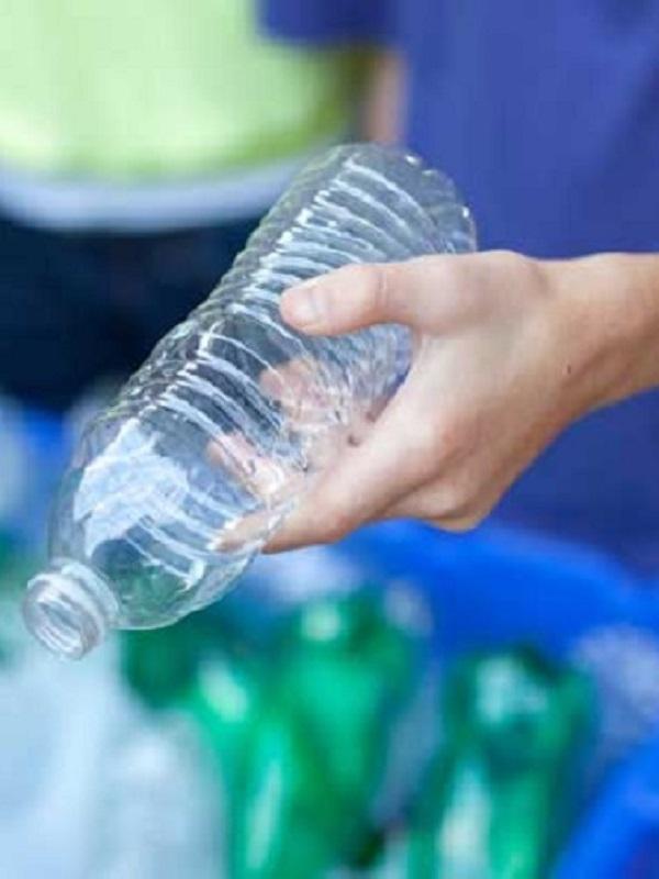 Mejoran la cifras de reciclaje de plásticos y papel en Galicia