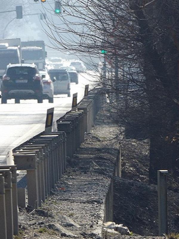 El Ejecutivo dice que no contempla medidas de revegetación de carreteras contra el cambio climático en Granada