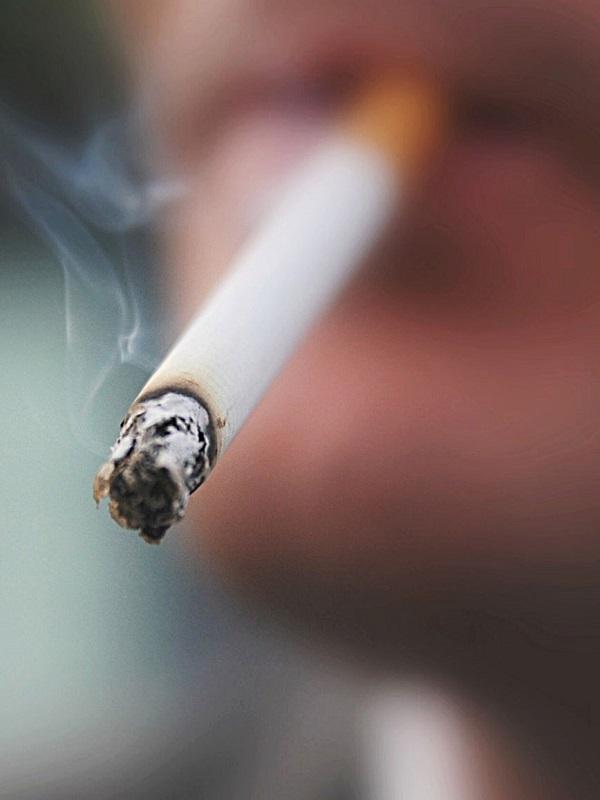 Si sigues fumando muy pronto no verás ni el humo