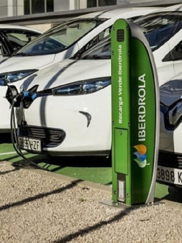 Iberdrola instalará más de 50 puntos de recarga para eléctricos en las tiendas de Ikea