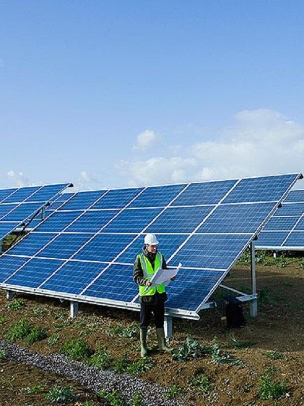 FRV firma un 'PPA' para una planta solar de 67,8 MW en Australia