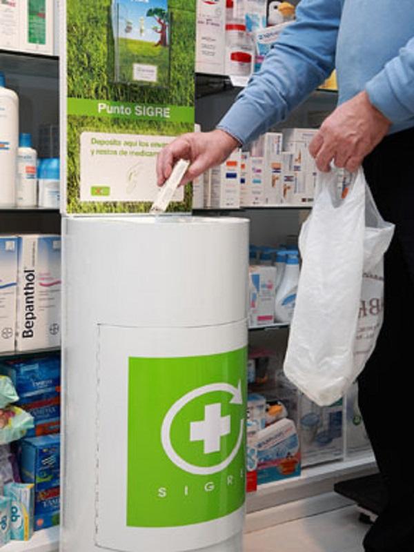 Más de 250 farmacias cántabras volverán a recoger medicamentos para su reciclaje
