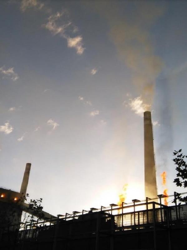 Hasta con la mitad de baterias se dispara la contaminación del cancerigeno benceno en la comarca de Avilés.