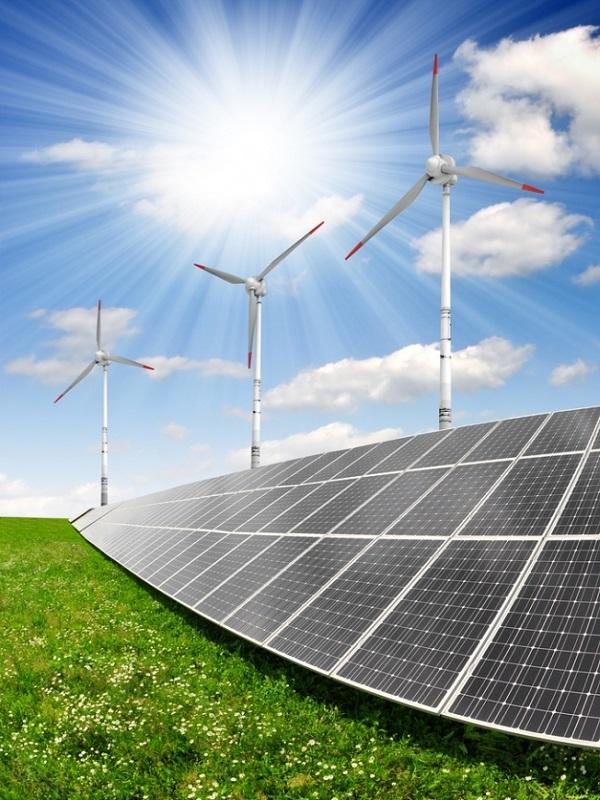 Someten a evaluación ambiental 15 proyectos para la producción de energía solar y eólica en Almería