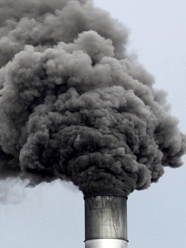 El Ministerio para la Transición Eológica recorta intencionadamente la contaminación asturiana