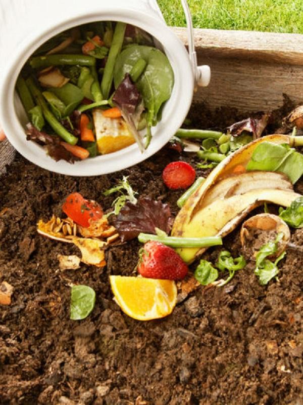 El concello de Vilarmaior, con el apoyo de Sogama, amplía su programa de compostaje doméstico
