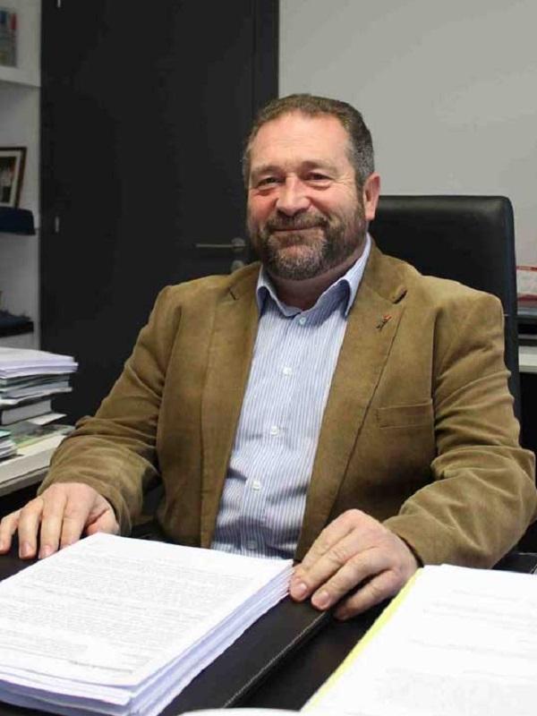 Asturias. Ya era hora que dimitiera el Alcalde de Colunga y la Concejal de Urbanismo