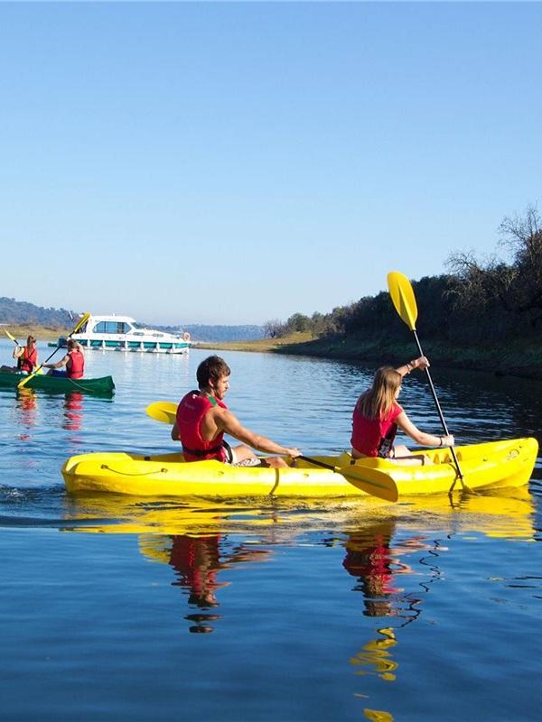 Unos 200 participantes recorrerán en kayak los 12 kilómetros del VII descenso de Alqueva