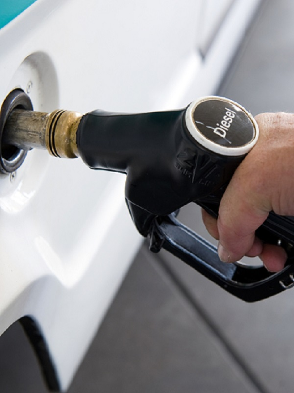 La Asociación Española de Fabricantes de Automóviles y Camiones defiende el diesel contra viento y marea