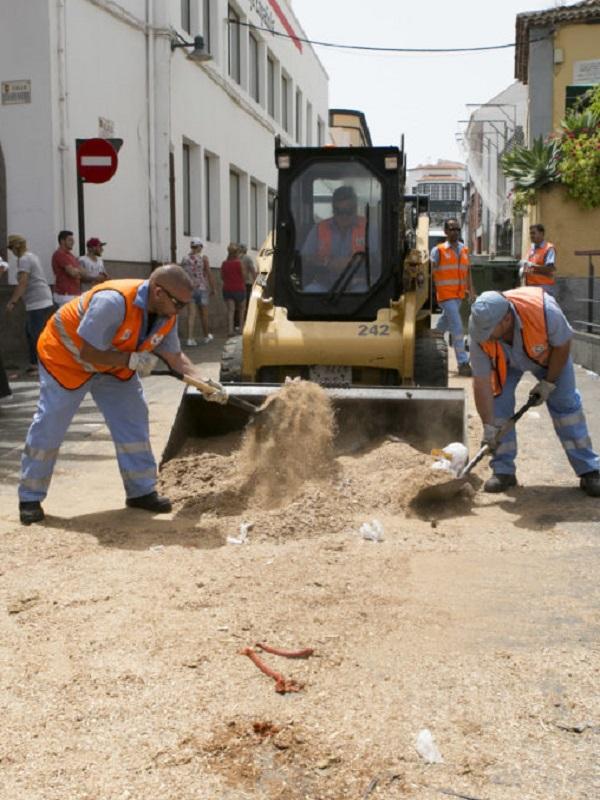 Los servicios de limpieza recogen más de 17.700 kilogramos de residuos tras la Romería