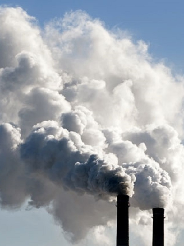 La fábrica de carbón de coque de Trubia niega emisiones denunciadas por los ecologistas